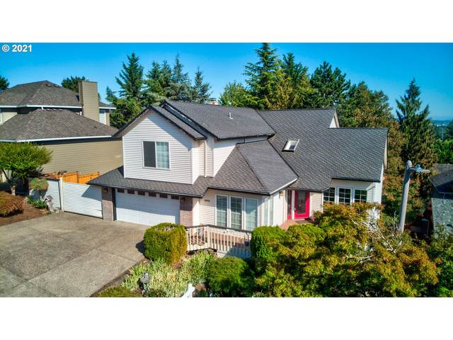 15970 SW Barrington Ter, Tigard, OR 97224 (MLS #21593521) :: The Haas Real Estate Team