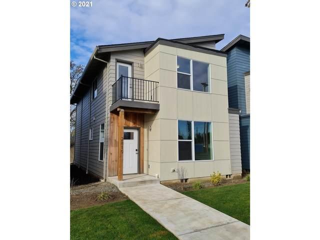 2819 SE Brookwood Ave, Hillsboro, OR 97123 (MLS #21611673) :: McKillion Real Estate Group