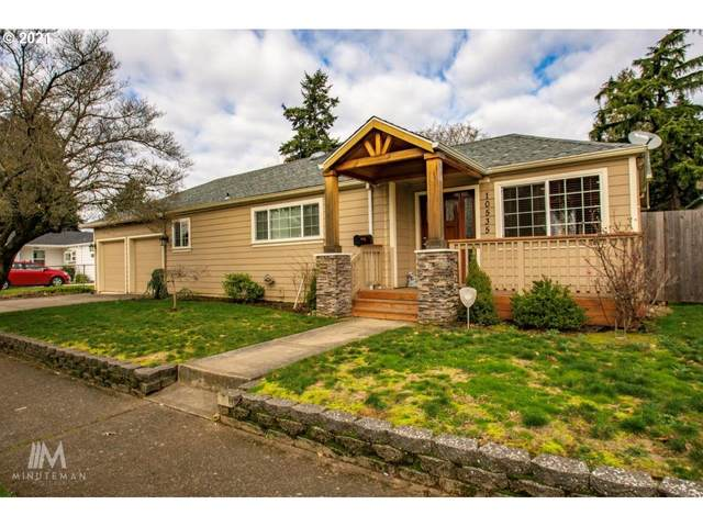 10535 NE Pacific St, Portland, OR 97220 (MLS #21695010) :: Premiere Property Group LLC