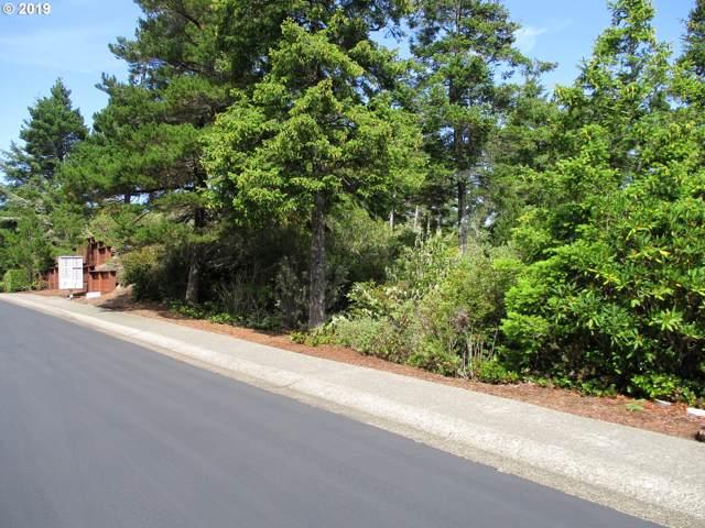 316 Manzanita Dr, Florence, OR 97439 (MLS #19123663) :: Fox Real Estate Group