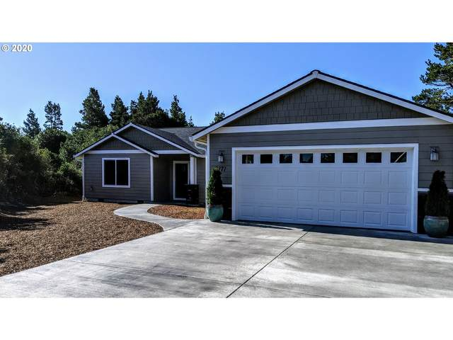 2171 Royal St Georges Dr, Florence, OR 97439 (MLS #19525523) :: Premiere Property Group LLC