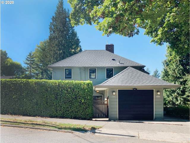 3905 SW Council Crest Dr, Portland, OR 97239 (MLS #20182551) :: The Galand Haas Real Estate Team