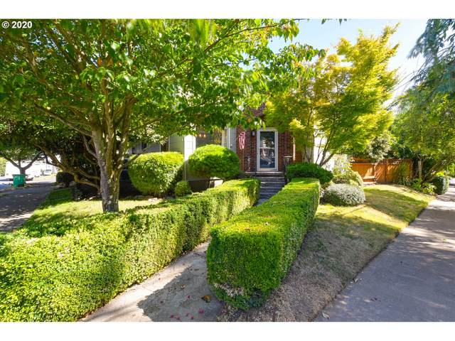 705 SE Franklin St, Portland, OR 97202 (MLS #20656612) :: The Liu Group