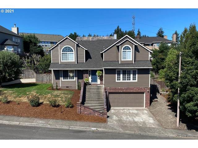 15730 SW Windham Ter, Tigard, OR 97224 (MLS #21178576) :: The Haas Real Estate Team
