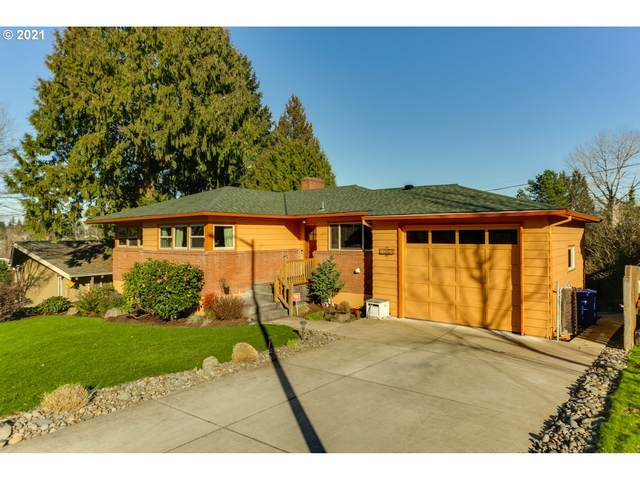 11854 SE 36TH Ave, Milwaukie, OR 97222 (MLS #21347361) :: Townsend Jarvis Group Real Estate