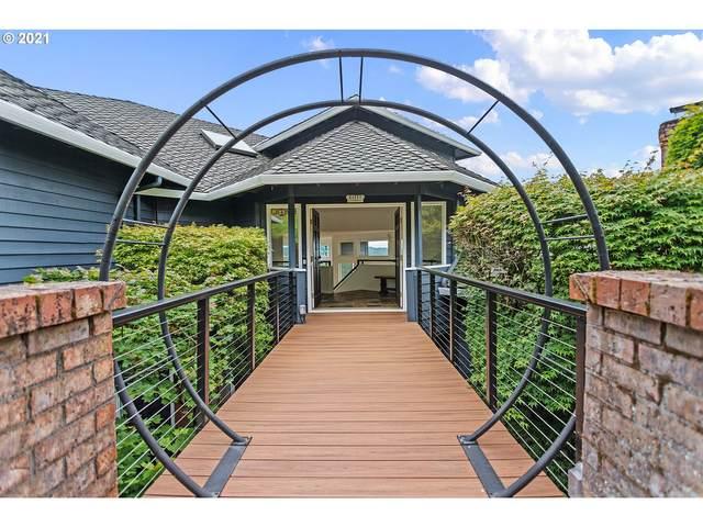 18470 Ray Ridge Dr, Lake Oswego, OR 97034 (MLS #21499977) :: McKillion Real Estate Group