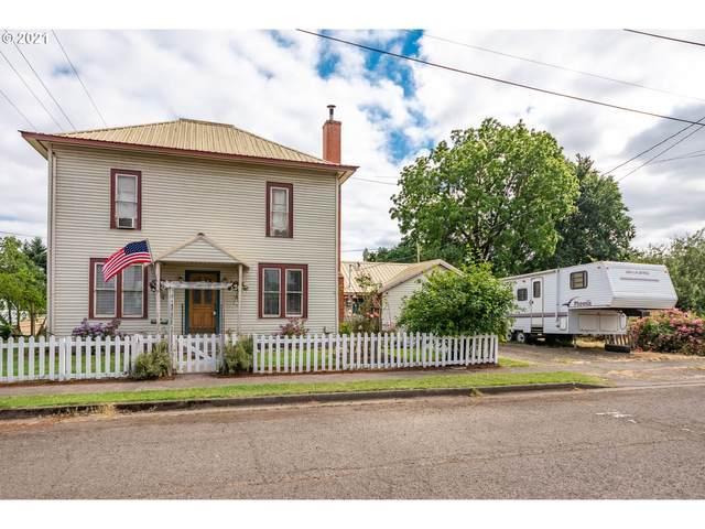390 Moore St, Harrisburg, OR 97446 (MLS #21604598) :: The Haas Real Estate Team