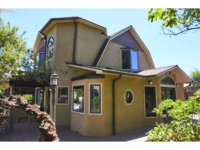 109 NE Ellis Ave, Pendleton, OR 97801 (MLS #21682957) :: Stellar Realty Northwest