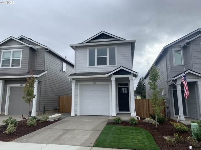 1511 S Gia Ct, Newberg, OR 97132 (MLS #21230985) :: McKillion Real Estate Group