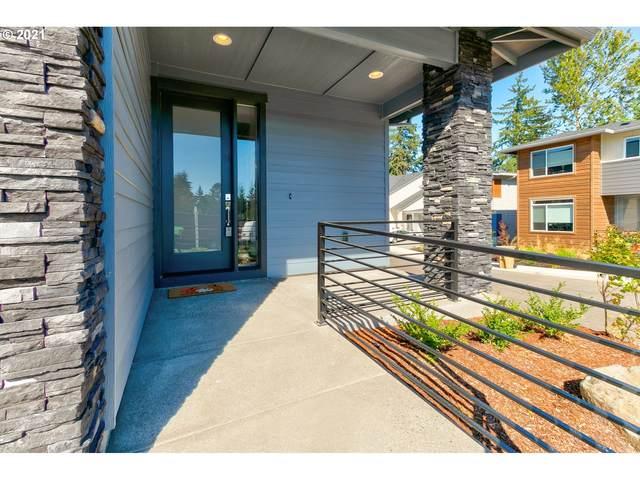 7619 SW Helene St, Wilsonville, OR 97070 (MLS #21521175) :: Fox Real Estate Group