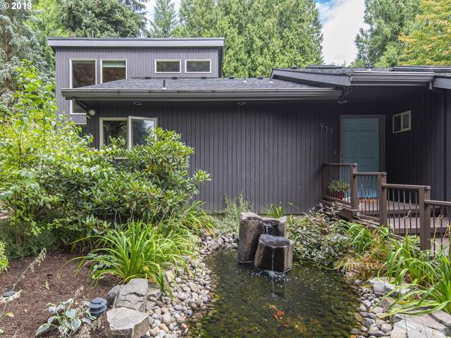 917 SW Palatine St, Portland, OR 97219 (MLS #19662624) :: Townsend Jarvis Group Real Estate