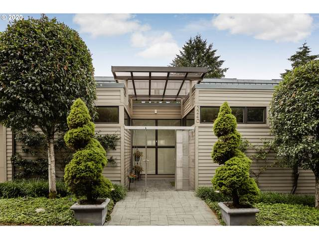 3240 SW Donner Way, Portland, OR 97239 (MLS #20099743) :: Gustavo Group
