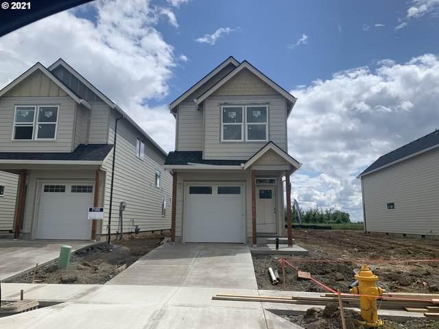 236 E Wayno Way, Newberg, OR 97132 (MLS #21681604) :: Premiere Property Group LLC