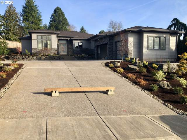 1575 Country Cmns, Lake Oswego, OR 97034 (MLS #18581790) :: Gustavo Group