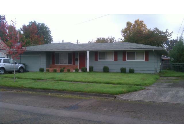 704 S Willamette St, Newberg, OR 97132 (MLS #11006511) :: Portland Real Estate Group