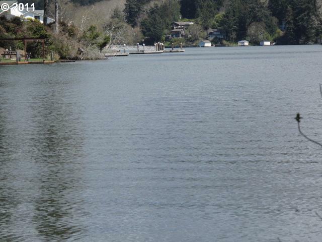 2100 Lake Dr - Photo 1