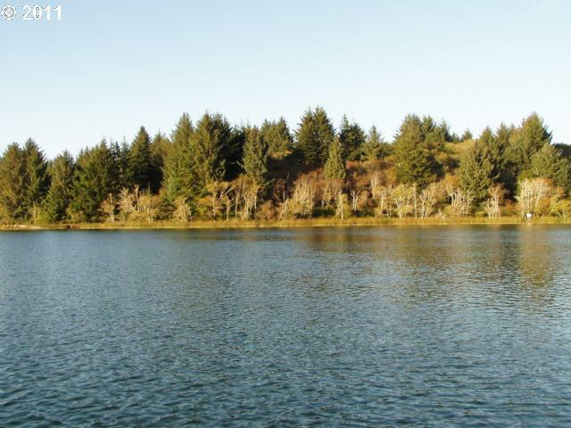 Booth Island - West, Florence, OR 97439 (MLS #11460050) :: Harpole Homes Oregon