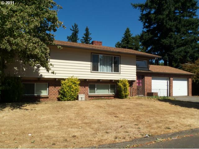 17927 NE Davis St, Portland, OR 97230 (MLS #11519286) :: Realty Edge