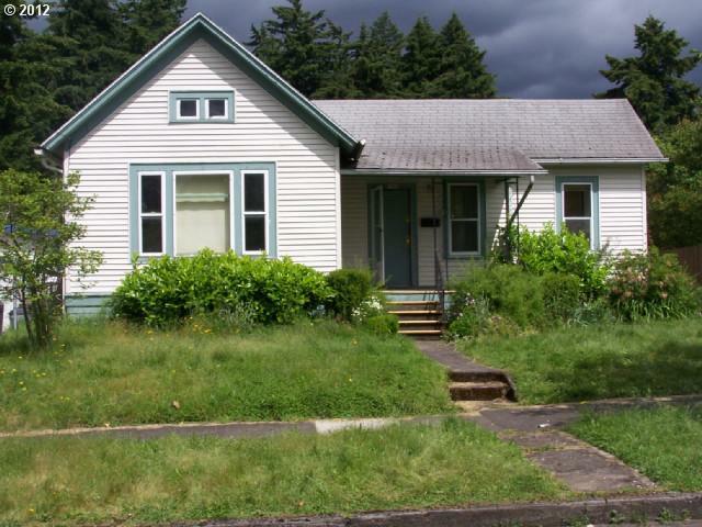 5706 NE 18TH Ave, Portland, OR 97211 (MLS #12068006) :: Stellar Realty Northwest