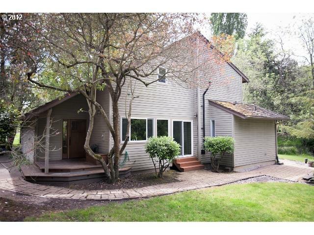 14919 SW Village Ln, Beaverton, OR 97007 (MLS #12585276) :: Stellar Realty Northwest