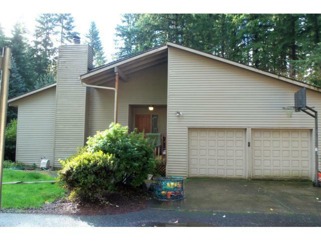 17913 S Edgewood Ln, Oregon City, OR 97045 (MLS #12656220) :: Realty Edge