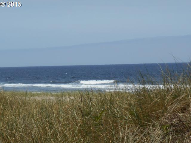 Beach Dr, Rockaway Beach, OR 97136 (MLS #15010332) :: Townsend Jarvis Group Real Estate