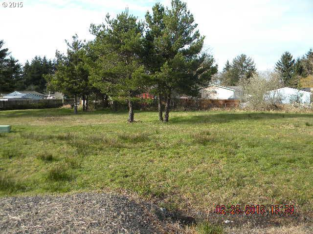 Matthew Ln #1431, Coos Bay, OR 97420 (MLS #15278832) :: Hatch Homes Group