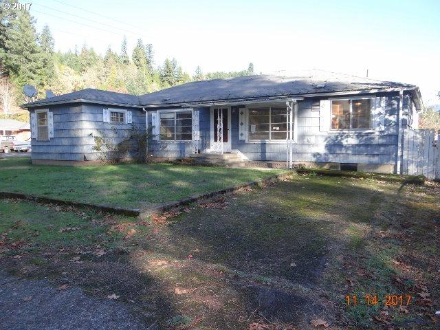 76583 W 2ND St, Oakridge, OR 97463 (MLS #17014094) :: Song Real Estate
