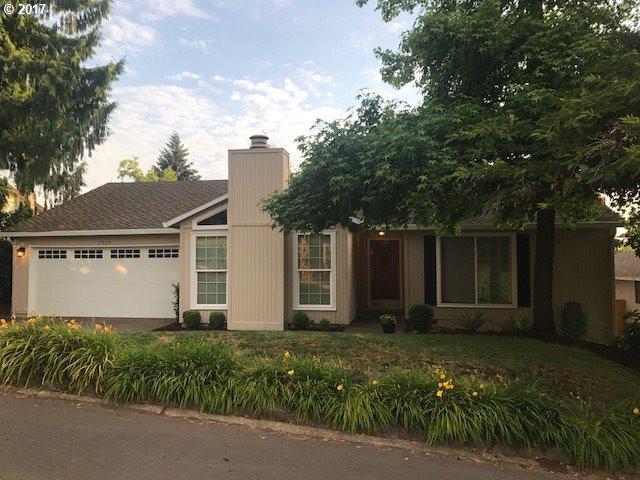 7935 SW 184TH Ave, Beaverton, OR 97007 (MLS #17020892) :: Matin Real Estate