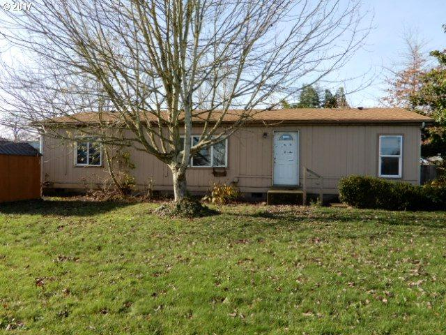 181 E C St, Halsey, OR 97348 (MLS #17023652) :: Song Real Estate