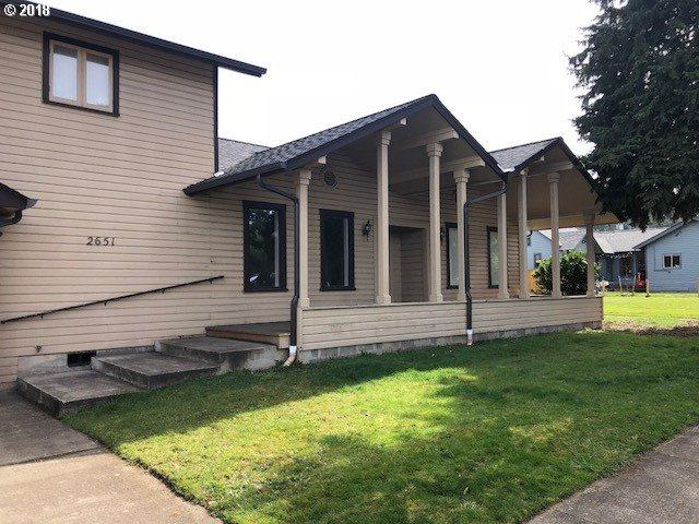 2651 Friendly St, Eugene, OR 97405 (MLS #17028708) :: Song Real Estate