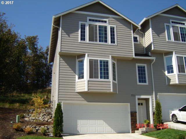 711 NW Meadow Ridge Ln, Camas, WA 98607 (MLS #17039739) :: Matin Real Estate