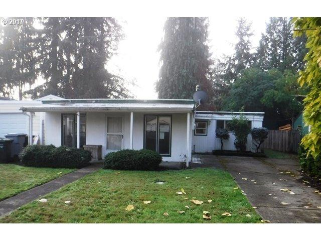 477 SW 5TH Ave, Canby, OR 97013 (MLS #17067701) :: Beltran Properties at Keller Williams Portland Premiere
