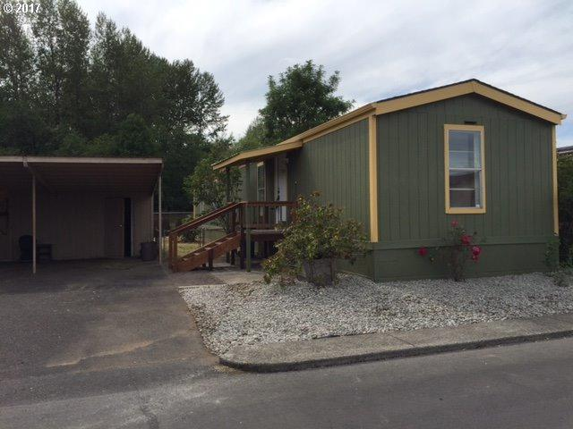 300 SW 7TH Ave #1203, Battle Ground, WA 98604 (MLS #17085404) :: Next Home Realty Connection