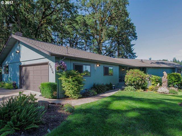 6854 76TH Ave, Salem, OR 97317 (MLS #17085546) :: Matin Real Estate