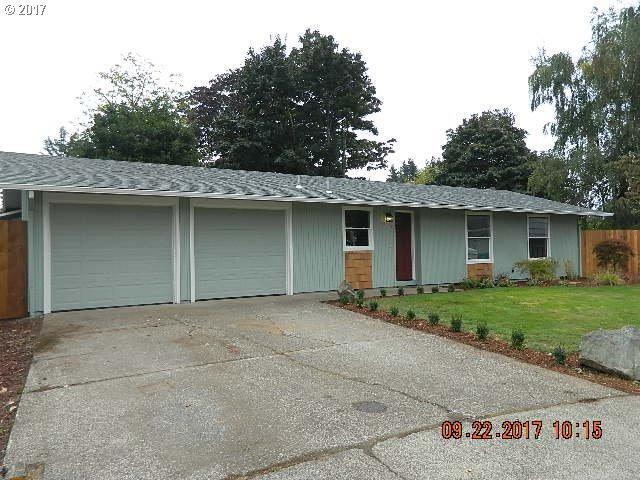 16230 SE Rhine Ct, Portland, OR 97236 (MLS #17086162) :: TLK Group Properties