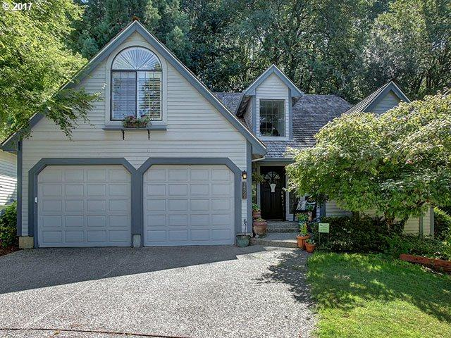 14371 Sherbrook Pl, Lake Oswego, OR 97035 (MLS #17112281) :: Beltran Properties at Keller Williams Portland Premiere