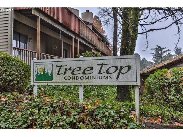 2826 Treetop Ln, West Linn, OR 97068 (MLS #17122698) :: Hatch Homes Group