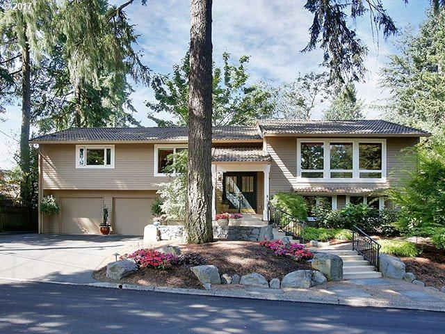 1898 Oak Knoll Ct, Lake Oswego, OR 97034 (MLS #17143559) :: Matin Real Estate