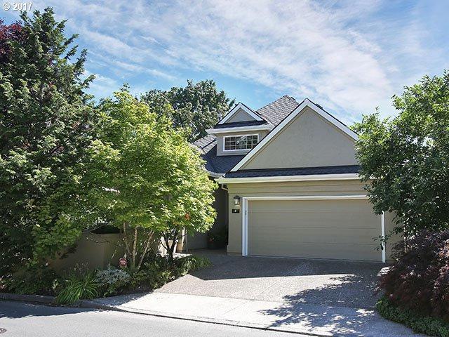 8 Morningview Ln, Lake Oswego, OR 97035 (MLS #17147489) :: Matin Real Estate