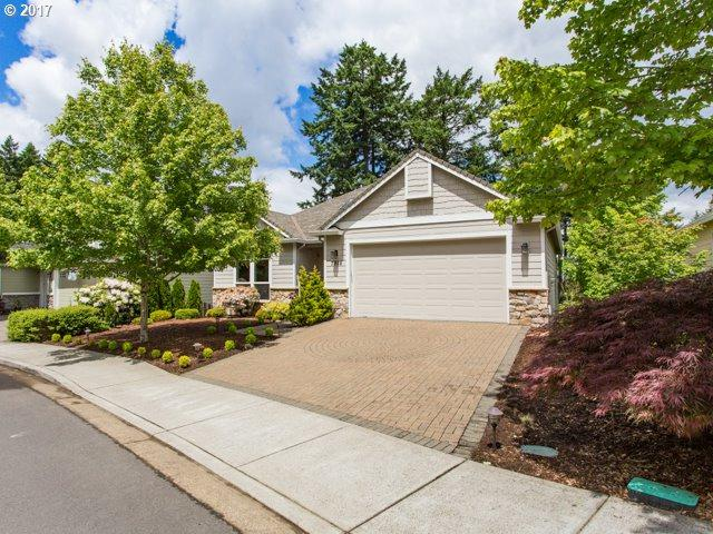 7928 SW Red Sunset Ln, Beaverton, OR 97007 (MLS #17160002) :: Fox Real Estate Group
