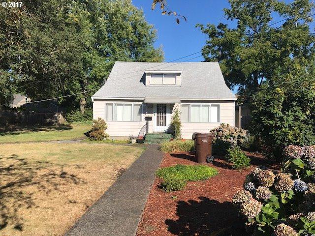 1207 Division St, Oregon City, OR 97045 (MLS #17171405) :: Matin Real Estate