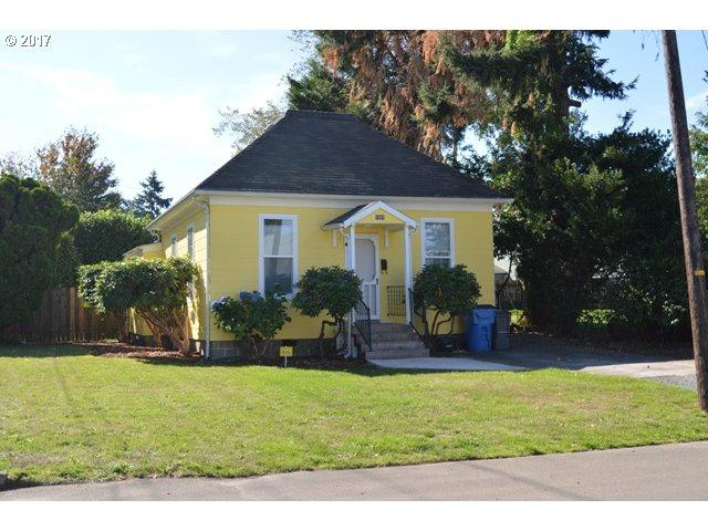 1201 W 23RD St, Vancouver, WA 98660 (MLS #17176326) :: The Dale Chumbley Group
