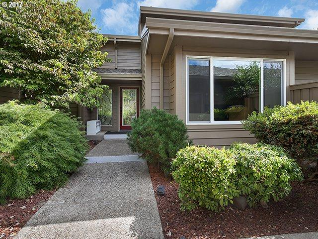 32340 SW Arbor Lake Dr, Wilsonville, OR 97070 (MLS #17191999) :: Beltran Properties at Keller Williams Portland Premiere