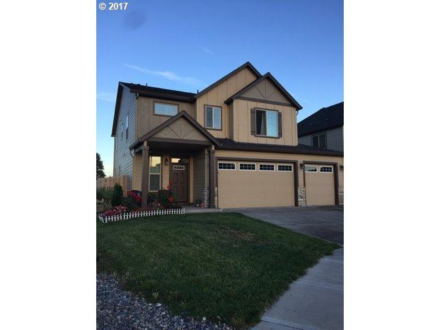 10517 NE 144TH Ave, Vancouver, WA 98682 (MLS #17200743) :: The Dale Chumbley Group