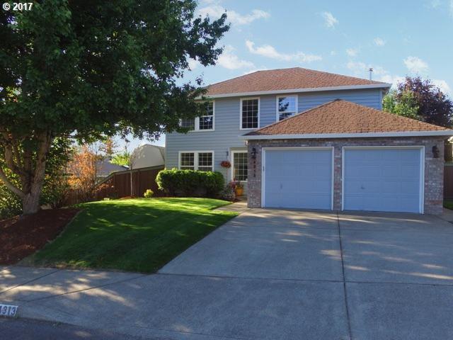 14313 SE Sieben Creek Dr, Clackamas, OR 97015 (MLS #17201522) :: Matin Real Estate