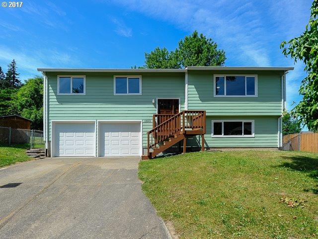 13940 SE 113TH Ct, Clackamas, OR 97015 (MLS #17222825) :: Matin Real Estate