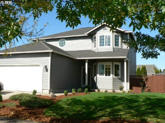 3717 Riviera, Eugene, OR 97402 (MLS #17233982) :: Premiere Property Group LLC