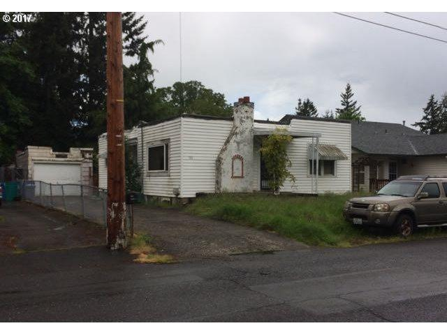 110 NW 45TH St, Vancouver, WA 98660 (MLS #17235947) :: The Dale Chumbley Group