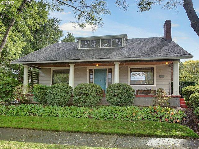 2634 NE Tillamook St, Portland, OR 97212 (MLS #17252524) :: Hatch Homes Group